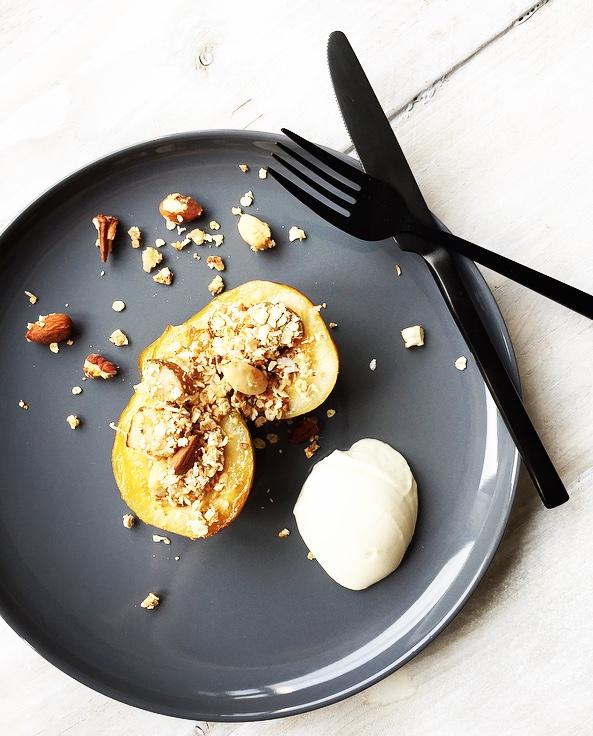 gebakken peertjes met peer crumble